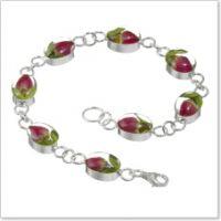 Heart Link Rosebud bracelet